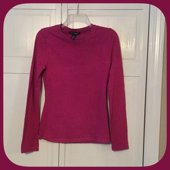 Fantastic Fuchsia Long Sleeve Tee Shirt This top is such a pretty color! The material is really nice, very comfortable too! Boutique Tops Tees - Long Sleeve