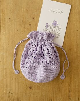 crochet purse - website is all Japanese, but has clear diagrams and crochet charts with symbols