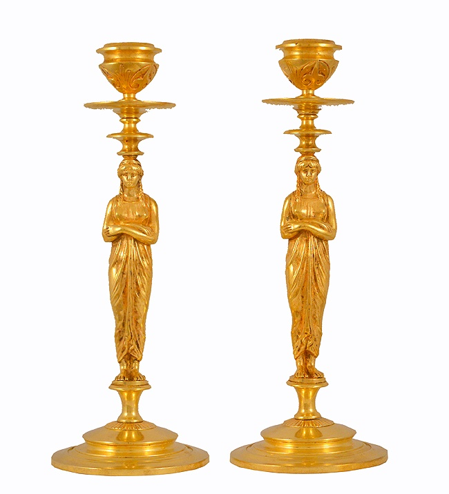 les 25 meilleures id es de la cat gorie candelabra for sale sur pinterest chandeliers lampes. Black Bedroom Furniture Sets. Home Design Ideas