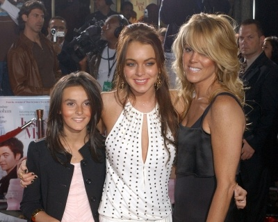 ....so me!!: Lohan Poses, Bbq Recipes, Lindsay Lohan, Famous Families, Little Sisters