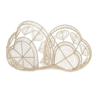 http://www.sassandbelle.co.uk/Vintage Wire Heart Baskets - Cream