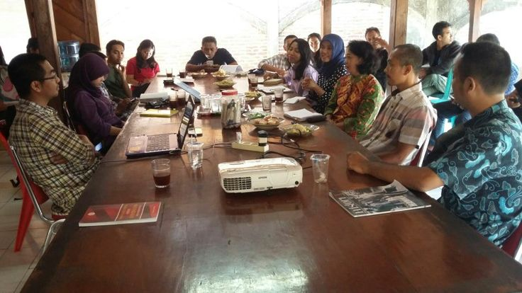 Diskusi gula semut bersama Circle Jogja dan Hivos, 13 Agustus 2015 #lppslh #gulasemut #gulakristal #crystalsugar
