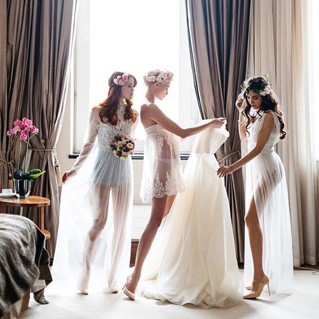 5 Must-Do Things On Your Wedding Day Morning | Page 2 of 5 | Wedding Forward