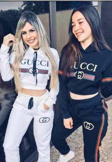 Conjunto Moletom Gucci Feminino Com Capuz  179e33c77b2