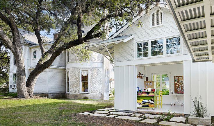 Architects Clayton & Little: Projects - Travis Heights Art Studio