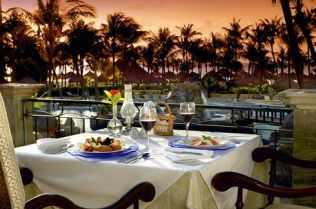 #aioutlet take me to Aruba so i can have dinner on the terrace with the famous TRADEWIND breezes!!!! Ahhhhh relaxing:) Occidental Grand Aruba #allinclusive
