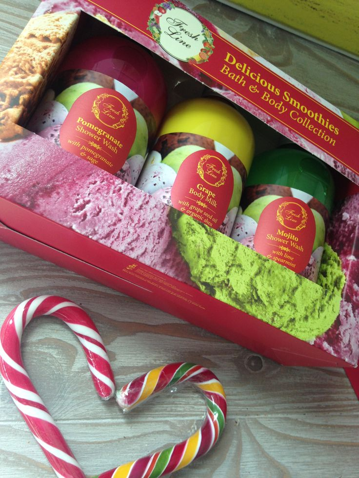 Delicious Smoothies  Δοκιμάστε το νέο δροσερό Mojito….σε μία φρουτένια τριπλέτα περιποίησης σώματος μαζί με τα best-seller προϊόντα του #freshbeautybar, Ρόδι & Σταφύλι.Τα απολαυστικά smoothies θα τα βρείτε μέσα σε πολύχρωμα #limitededition μπουκάλια των 250ml!  Προνομιακή λιανική τιμή: 18,50€ από 31,75€   #colorfuldelicioussmoothies #pomegranate #grape #mojito #musttry