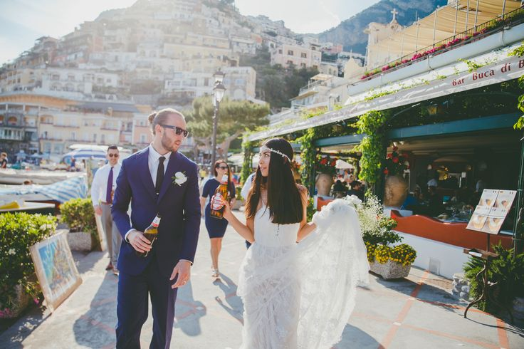 Elopement Positano #elopement #italy #elopetoitaly #positano #weddingpositano #elopementamalficoast #weddingphotographer #destinationwedding #maisonpestea