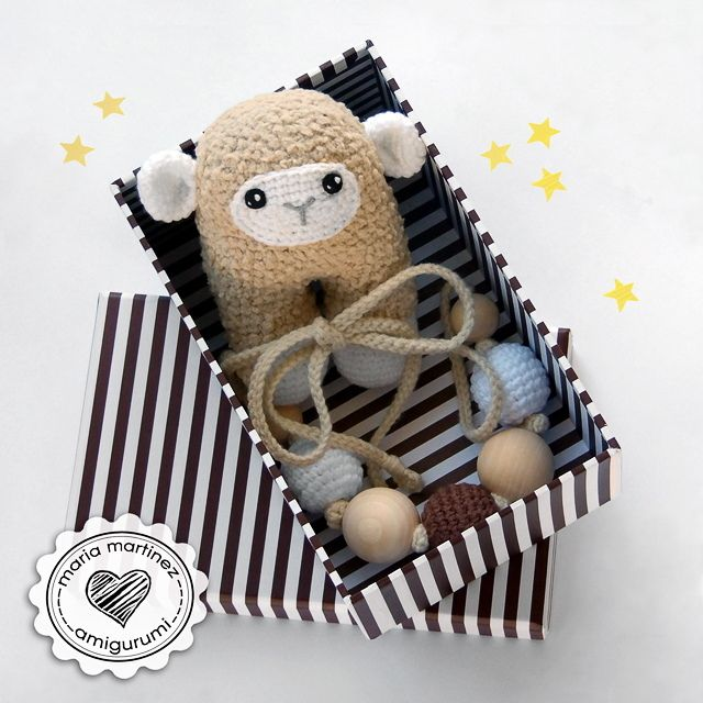 Amigurumi Jewelry Patterns : 39 best images about Vuestros b?pedos - Your two-legged ...