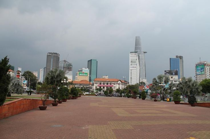 Saigon on foot (amidst the motorbikes)