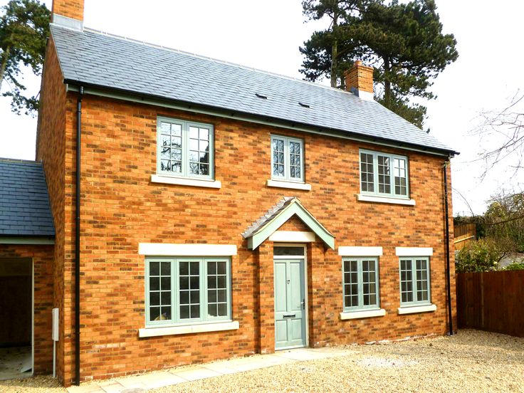 Amazing property developed by Jewson Flitwick. Modern and stylish yet the Flush Casement Windows by PDS give it a real traditional feel.