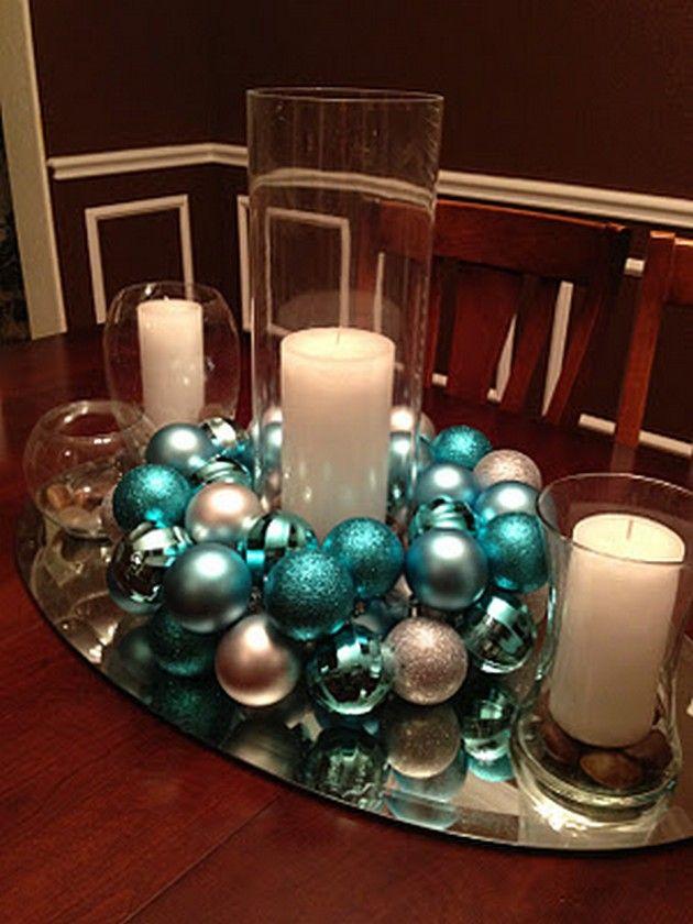 Christmas Tablescape Idea. Really cute for a simplistic Christmas/Winter wedding