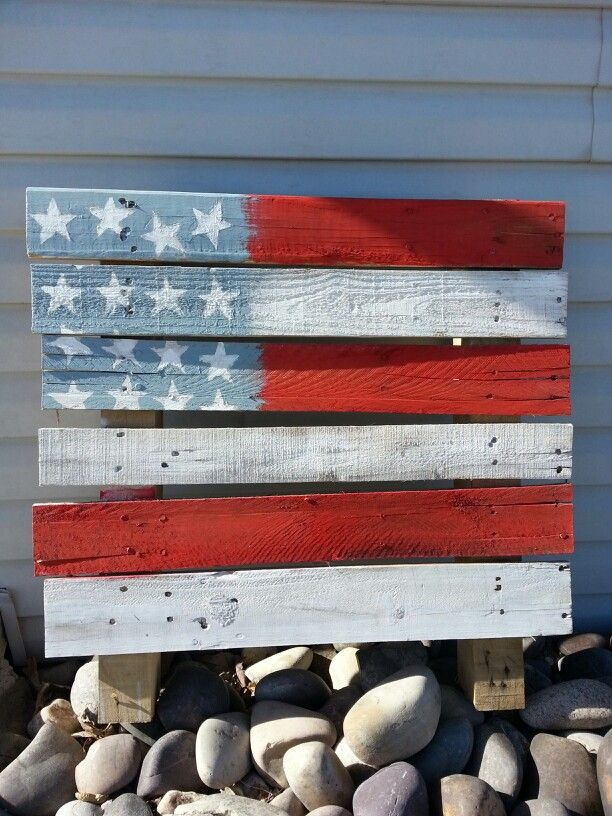 24 best ideas for the house images on pinterest lounge chairs chairs and christmas ideas - American flag pallet art ...