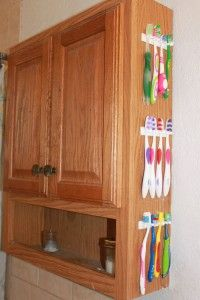 Toothbrush organization for large families