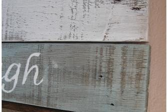 Come trattare il legno da dipingere con i colori acrilici