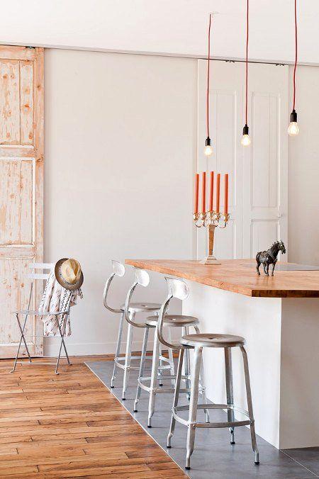 Stylisme épuré dans un loft parisien - Décoration intérieure par Marion Alberge 05 - Espace cuisine