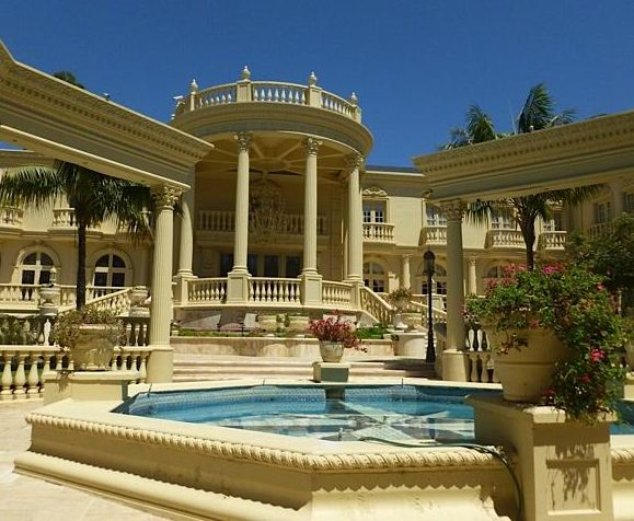 beautiful mansions in the world coolest houses to host a