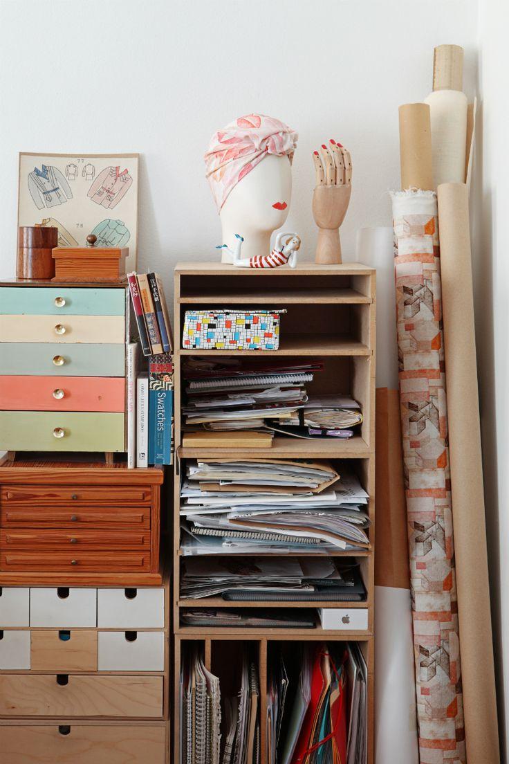 M s de 25 ideas incre bles sobre cajoneras de pino en for Lugares donde compran muebles usados