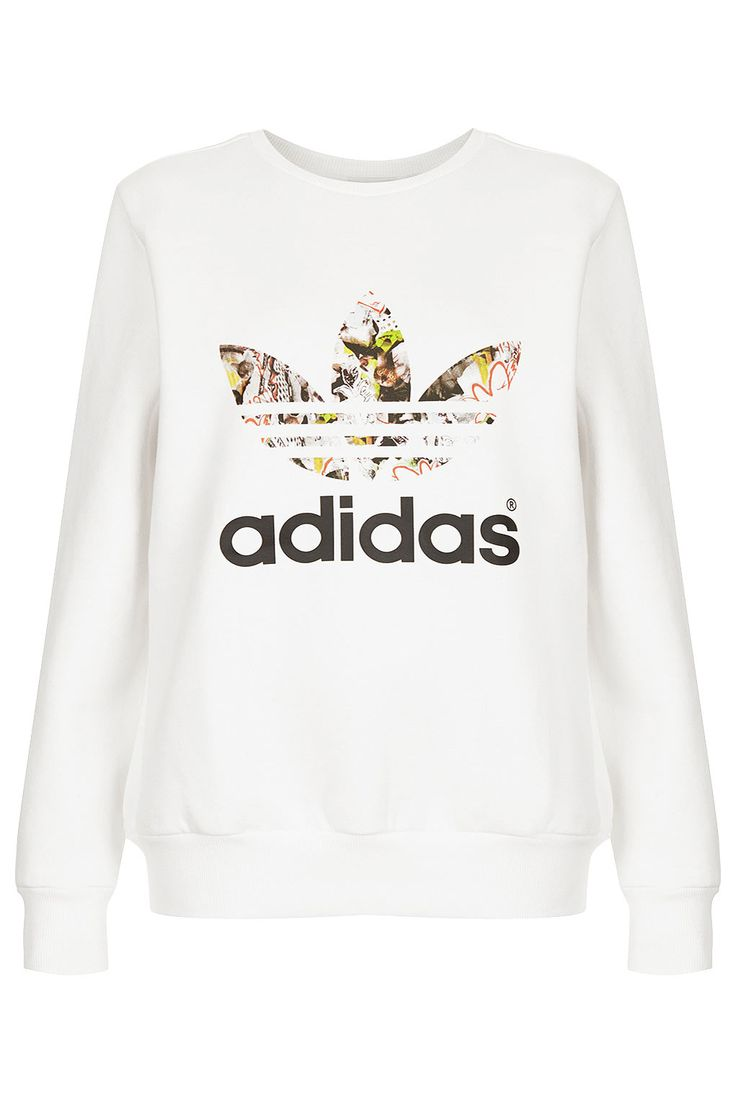 Is there any fashion trend that you really hate? We used to hate sport-inspired clothes... until now! #adidas #topshop #weareinlove #fbloggers