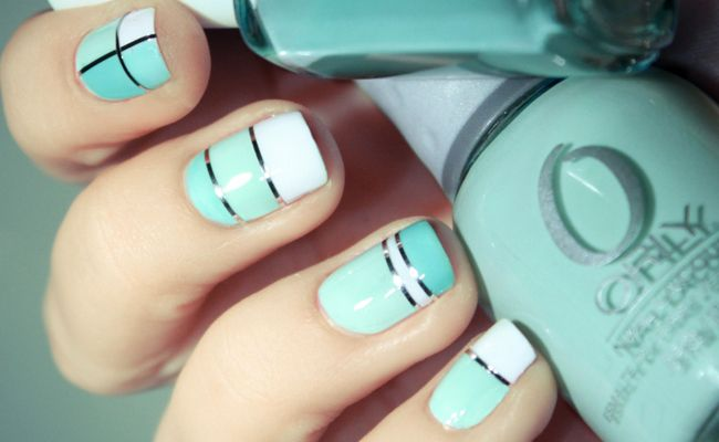 Turquoise and Silver Striples // Photo: PShiiit.com // http://blog.theknot.com/2013/07/23/the-engaged-girls-guide-to-nail-art/