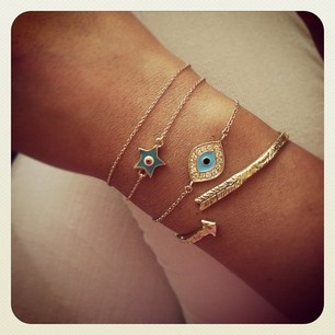 Bling, Accessories Jewelry, Arrows, Clothing Accessories Makeup, Jewels, Evil Eye Bracelets, Arm Candies, Accessorizing, Fashion Beautiful Accessories
