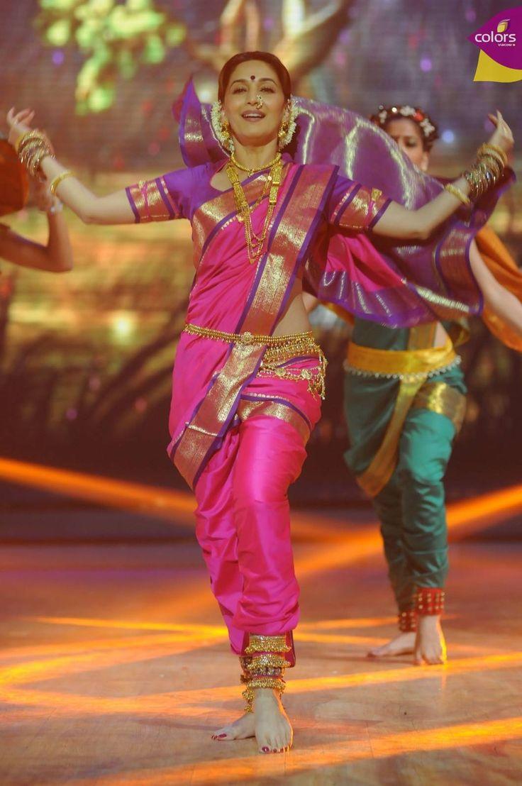 Madhuri Dixit doing the traditional Marathi dance