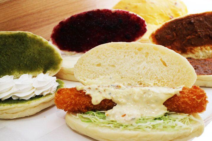 そのまま食べてもおいしいふわもちパン。50種以上のメニューがそろう「こっぺ屋ファクトリー」