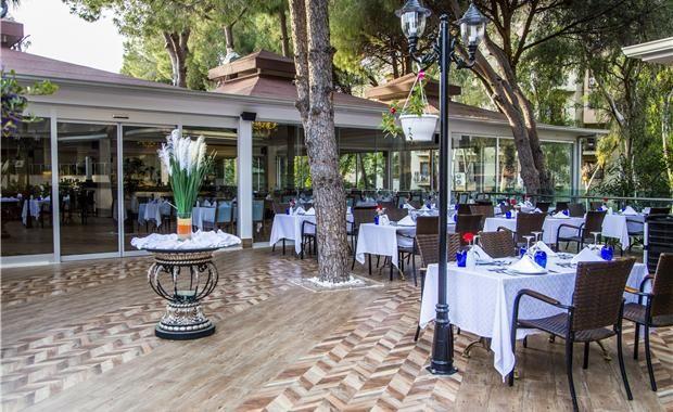 Основной ресторан LUXURY