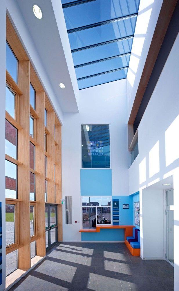 Heathfield Primary School / Holmes Miller
