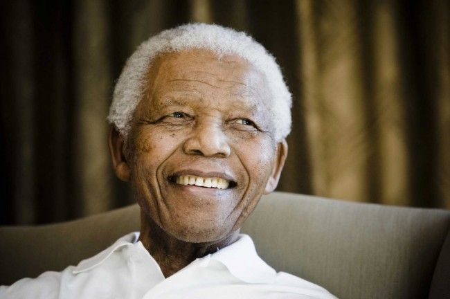 Nelson Mandela Life Support Shut Down as Respected Humanitarian Dies Age 94? (UPDATE)