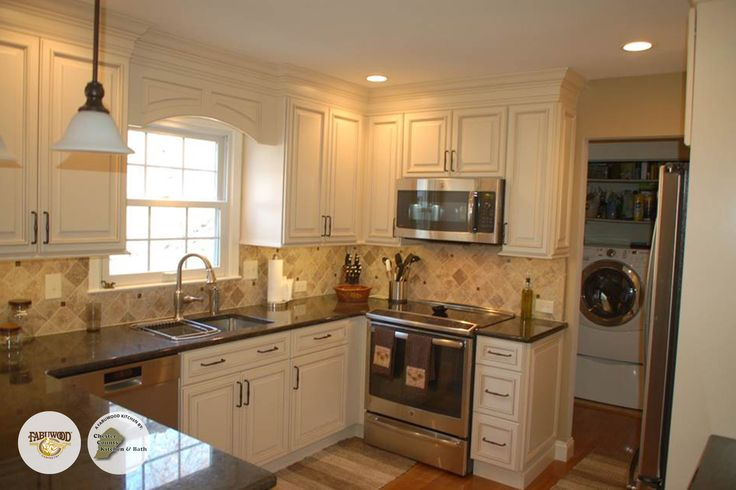 The Classic Wellington Cabinets In Ivory Fabuwood Classic Fabuwood Kitchens Built By Chester
