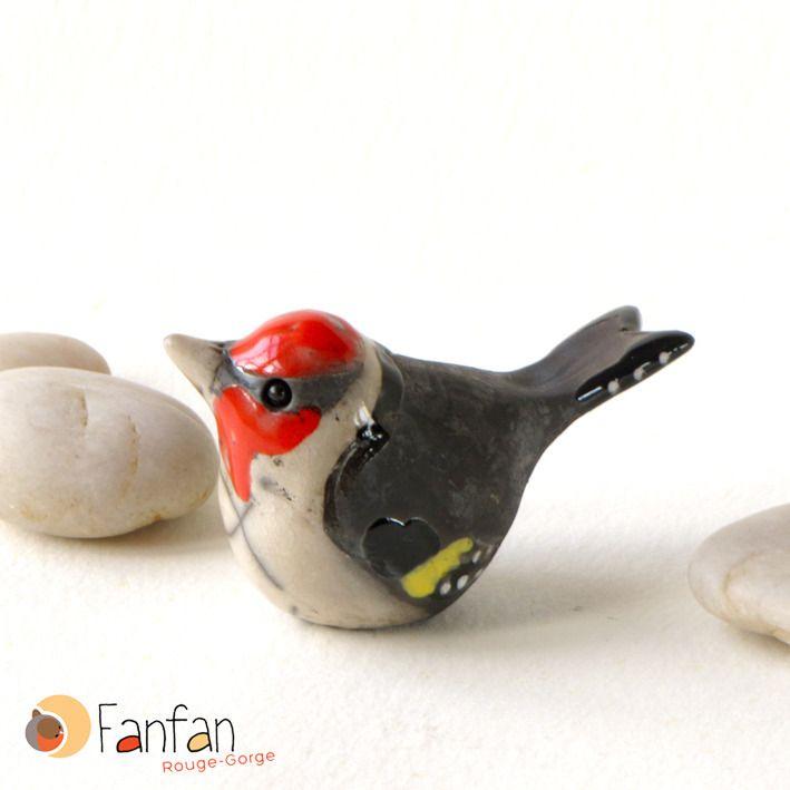Joli Chardonneret en céramique Raku Plus