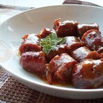 Το χωριάτικο λουκάνικο οι Έλληνες το λατρεύουμε και αποτελεί από τις πρώτες επιλογές των γευστικών προτιμήσεων! Το λατρεύουμε στα κάρβουνα, τηγανιτό… στα