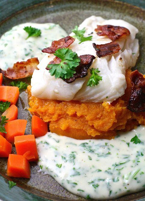 Skrei med persillesaus, bacon og søtpotetmos | Spiselandslaget