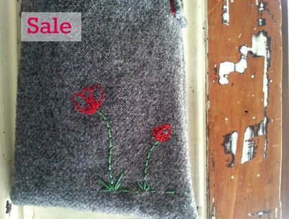 Kid's Foraging Bag - Poppies - SALE! Made for little adventurers. www.cherryberry.felt.co.nz