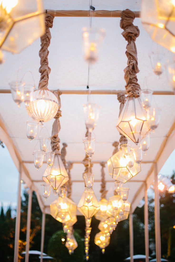 Romantic lighting | Photography: Heather Kincaid - heatherkincaid.com  Read More: http://www.stylemepretty.com/california-weddings/2014/05/23/romantic-elegance-at-bel-air-private-estate/