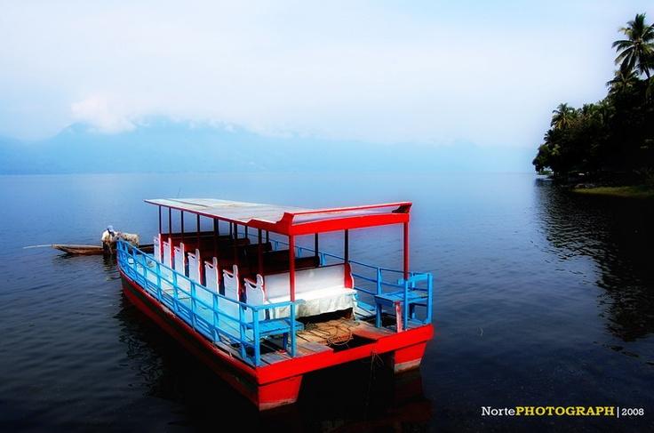 Singkarak Lake... that's my lake! hihi