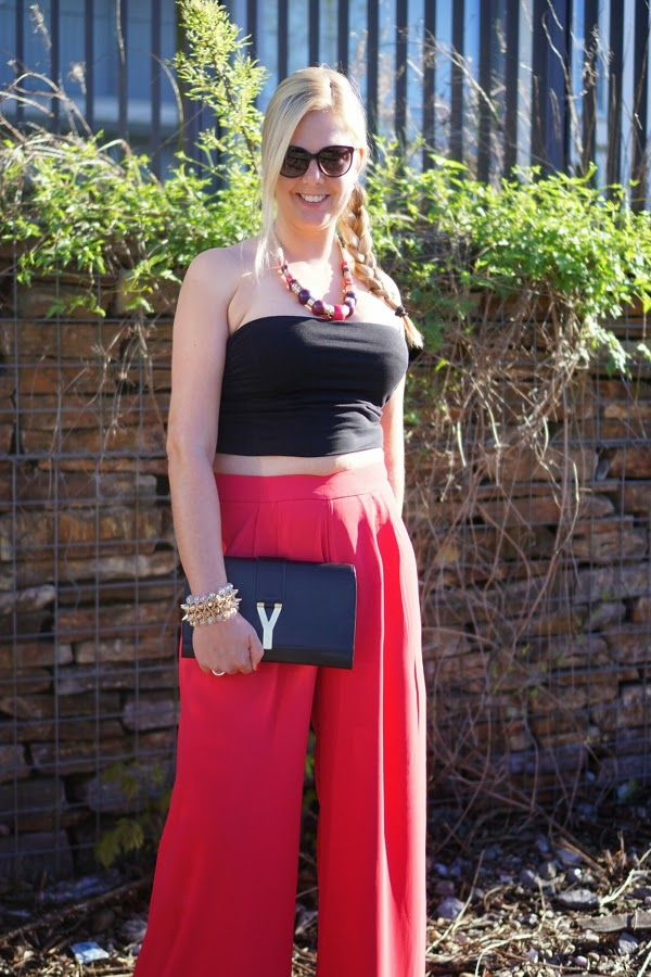 Hot to wear: Palazzo Pants New post on GlamFizz (http://www.glamfizz.de) #fashion #pants #palazzo #howtowear