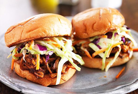 Ben Farley's tomato and chipotle pulled pork sliders recipe - 9Kitchen