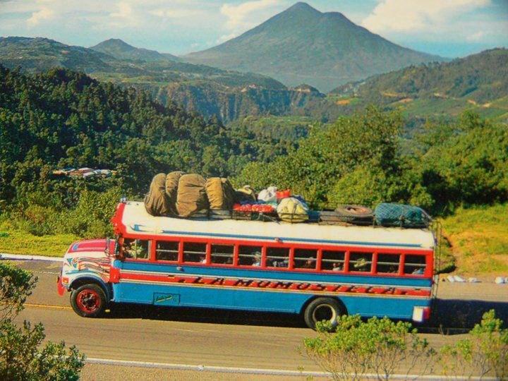 el autobus tipico en Guatemala/ public transportation