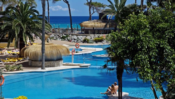 Vacante Vara 2013 - IBEROSTAR ALCUDIA PARK 4*, 14 NP. Calatorie la Mallorca, Playa de Muro-Alcudia, oferte Paravion