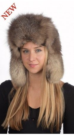 Look gorgeous among your friends. Wear fur hats and be the centre of attraction Check out some best quality