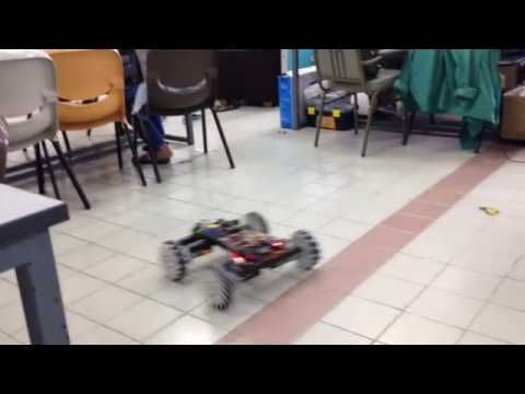 Fully operational robot with mecanum wheels!