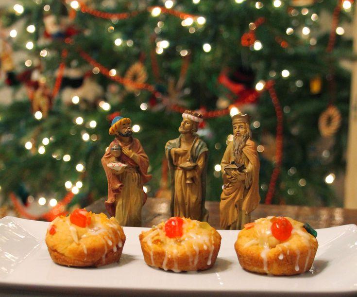 Easy Rosca De Reyes Buns