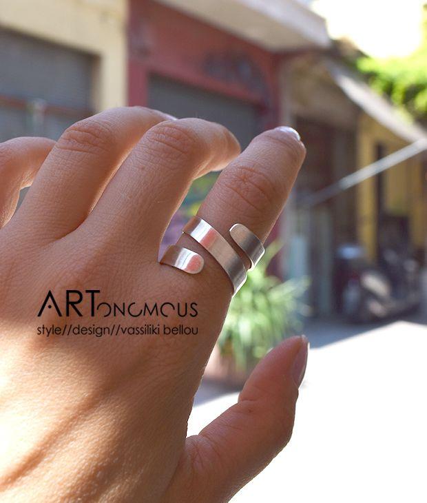 Online Exclusive - Ασημένιο σπιράλ δαχτυλίδι - ARTonomous // Style // Design artonomous.gr