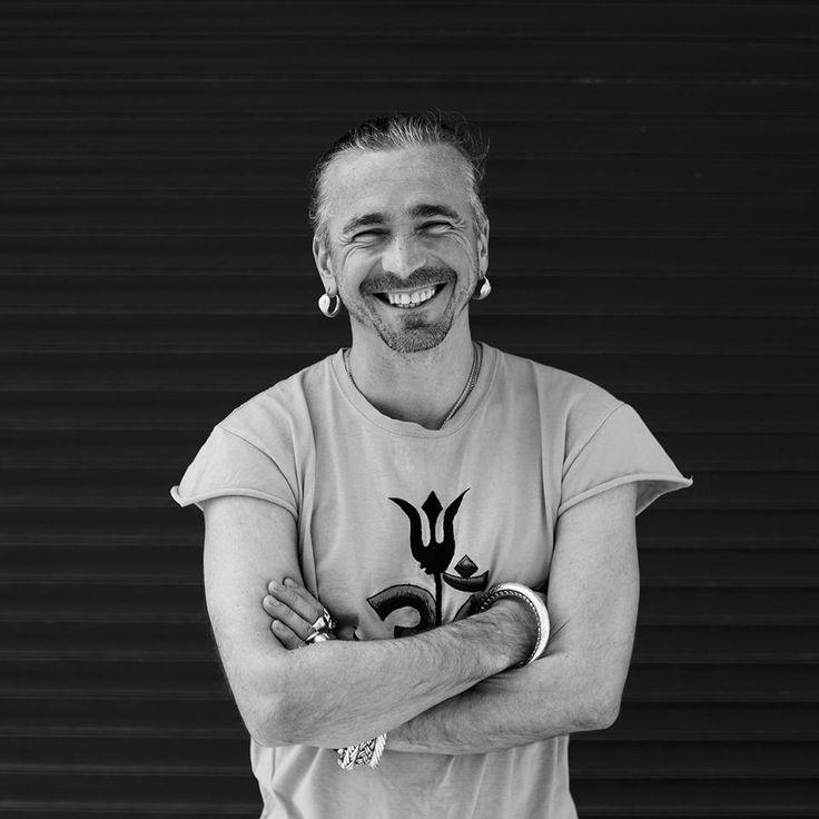 Anatoliy Zenchenko Ishvara yoga teacher in Kiev Ukraine. Find all the yoga teacher in Ukraine on https://topyogis.com