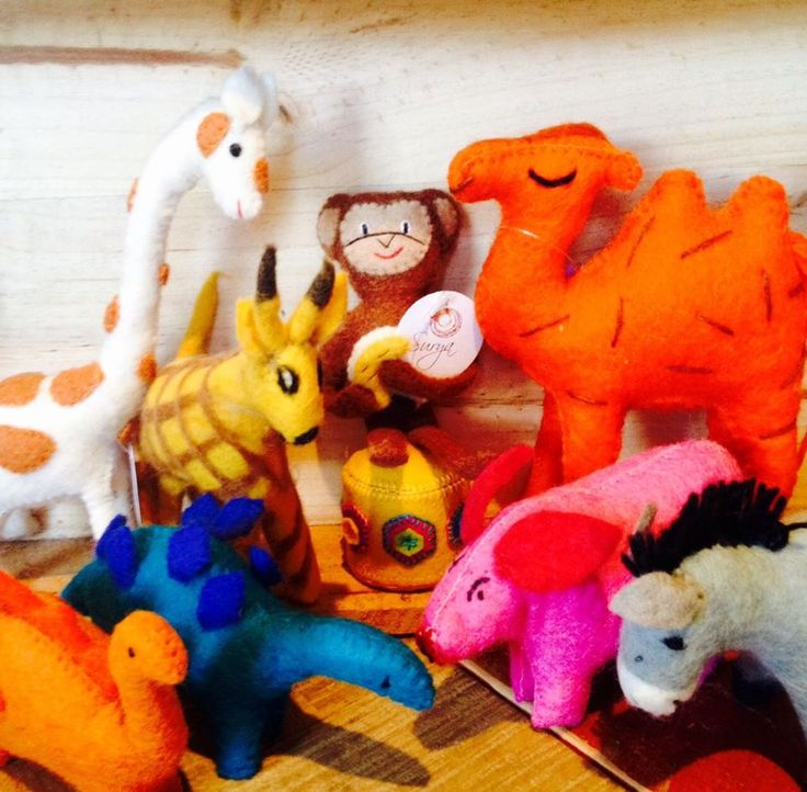 Felt animal toys for children | All our felt pieces are handmade in Nepal by our artisan producers.