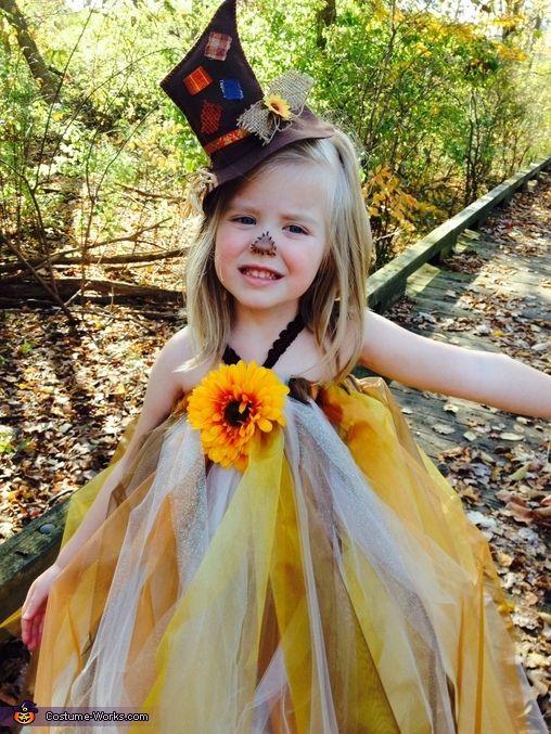 Pretty Scarecrow - 2013 Halloween Costume Contest via @costumeworks