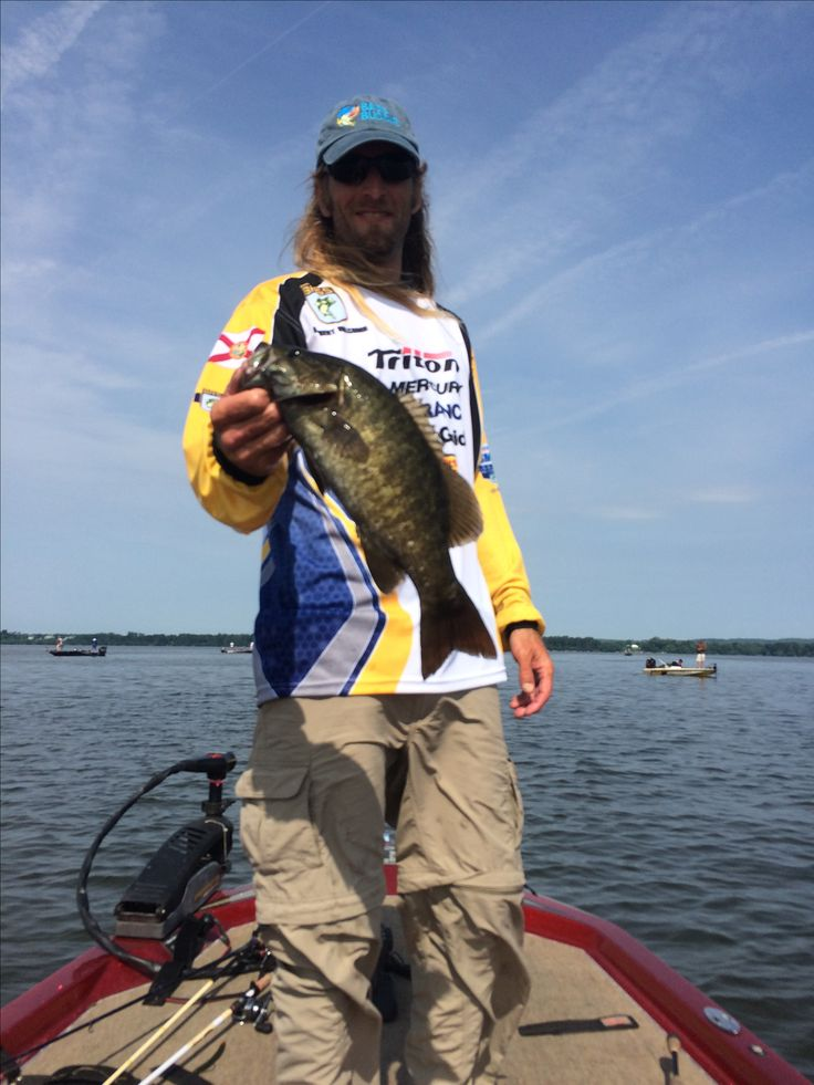 Smallmouth Bass caught using KMDA Inc products like Vibe Blade Baits and Baker Lures  http://kmdainc.com/index.html