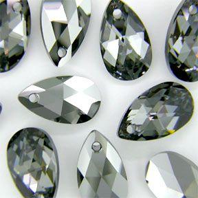 Swarovski 6106 Pear-shaped 16mm Crystal Silver Night Pendant